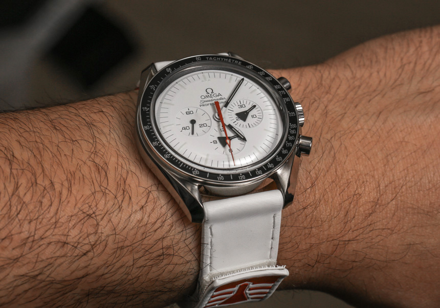 Omega Speedmaster Moonwatch Replica Watches Review-3