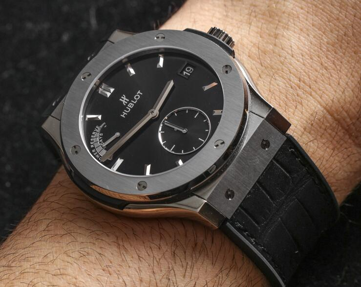 Classic Titanium case hublot classic fusion power reserve replica watch