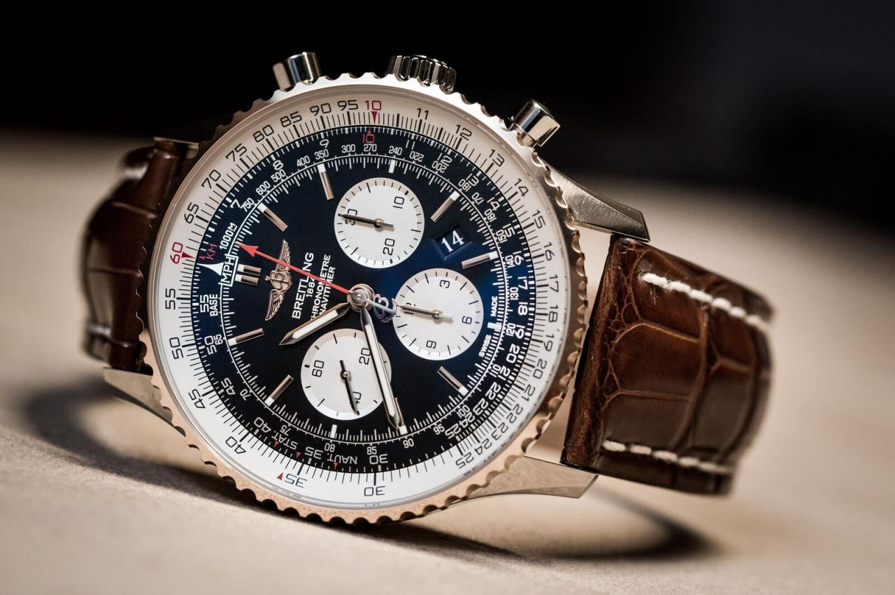 Colors keep the various functions of this Breitling Navitimer 01 apart and easier to read